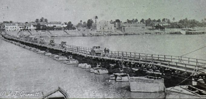 Pontoon bridge, Persian Front, Mesopotamia, 1917.18