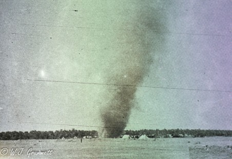 Dust devil, Persian Front, Mesopotamia, 1917/18