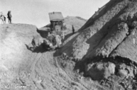 Moving the guns by tracked vehicle through the Jebel Hamrin, Persian Front, Mesopotamia, 1917/18