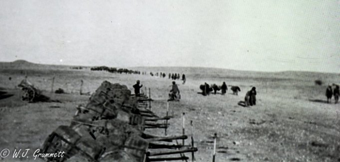Refugees on the road to Baqubah, Mesopotamia, 1918